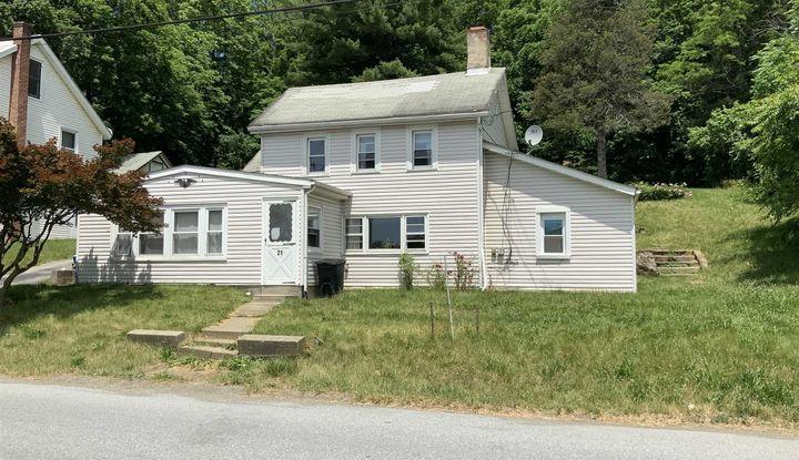 21 Quaker Hill Rd - Image 1