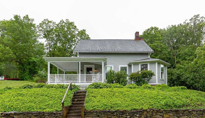 723 Traver Rd - Image 1