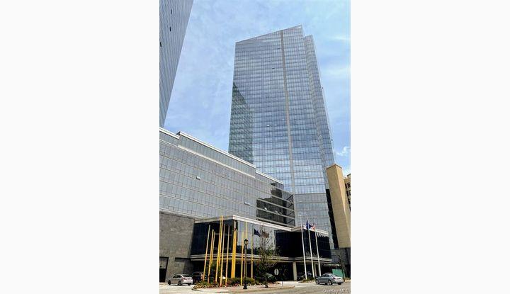 1 Renaissance Square 17D White Plains, NY 10601 - Image 1