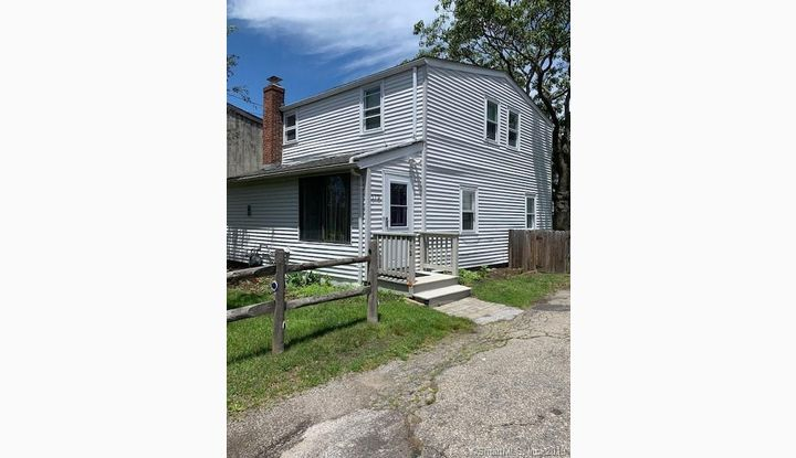 172 College Place Fairfield, CT 06824 - Image 1