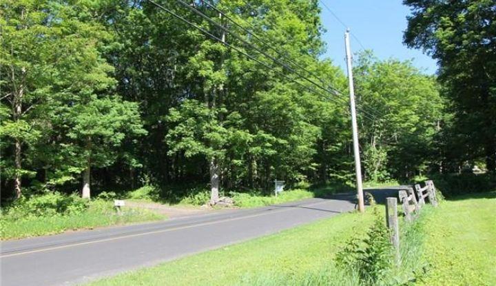 207 Lonetown Road - Image 1