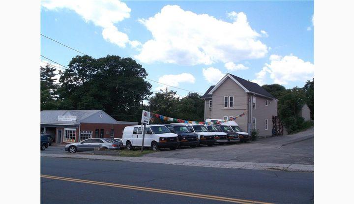 1750 Baldwin St Waterbury, CT 06706 - Image 1