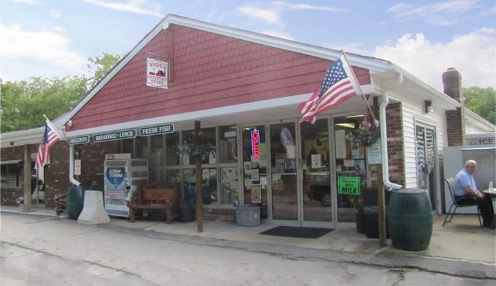 497 Winthrop Road - Image 1