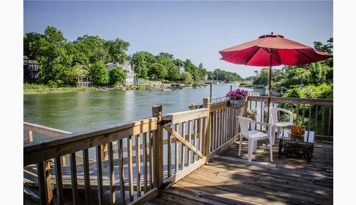 60 Brown Rd E Haven, CT 06512 - Image 1