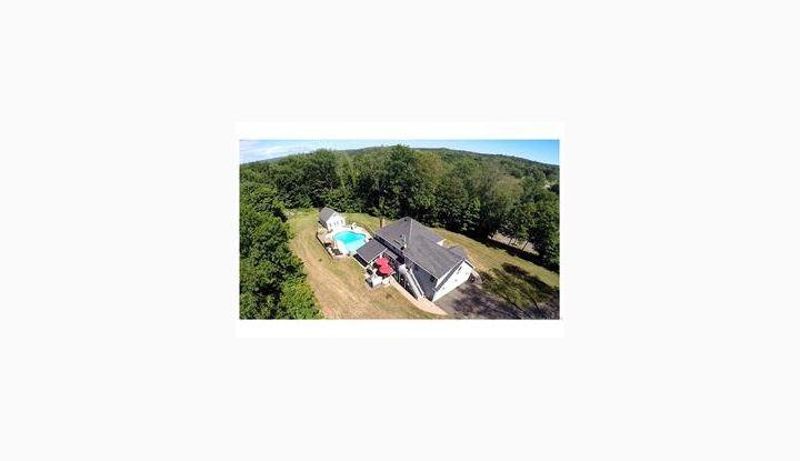 60 Patterson Ln Durham, CT 06422 - Image 1
