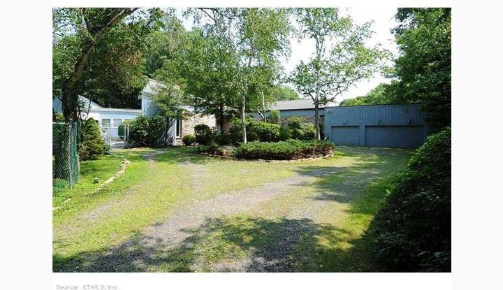 100 Stony Creek Rd Branford, CT 06405 - Image 1