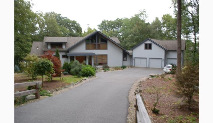 108 Hunt Rd. Columbia, CT 06237 - Image 1