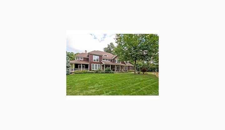 34 Westwood Drive Canton, CT 06019 - Image 1
