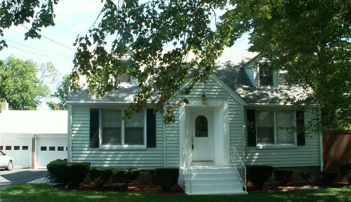 11 Tolland Road - Image 1