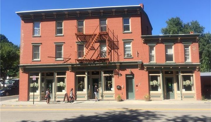 554 Main Street - Image 1