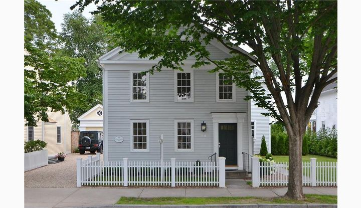 39 Main St Essex, CT 06426 - Image 1
