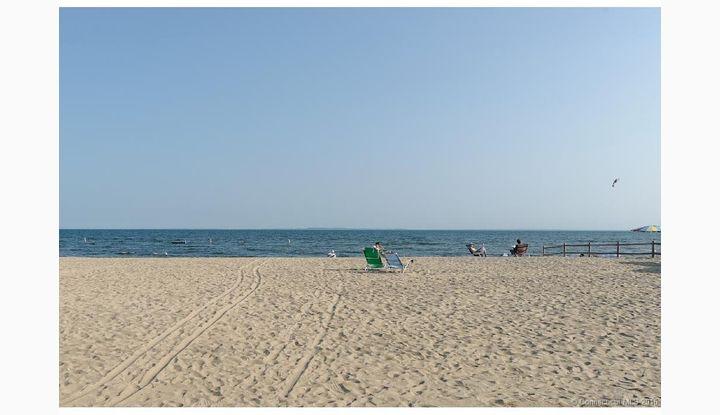 2 Seaside Ln Old Lyme, CT 06371 - Image 1