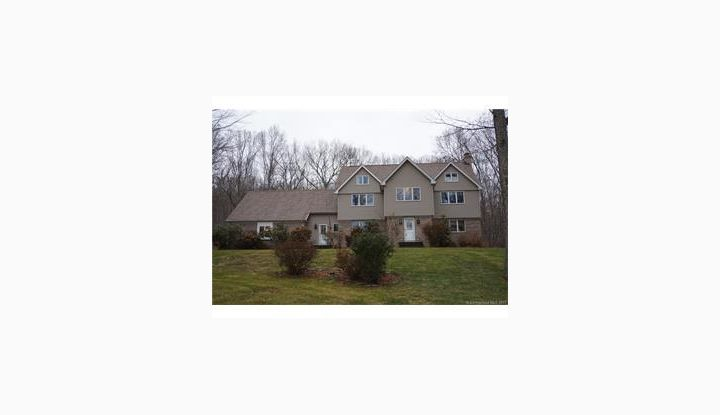 90 Valley Dr Salem, CT 06420 - Image 1