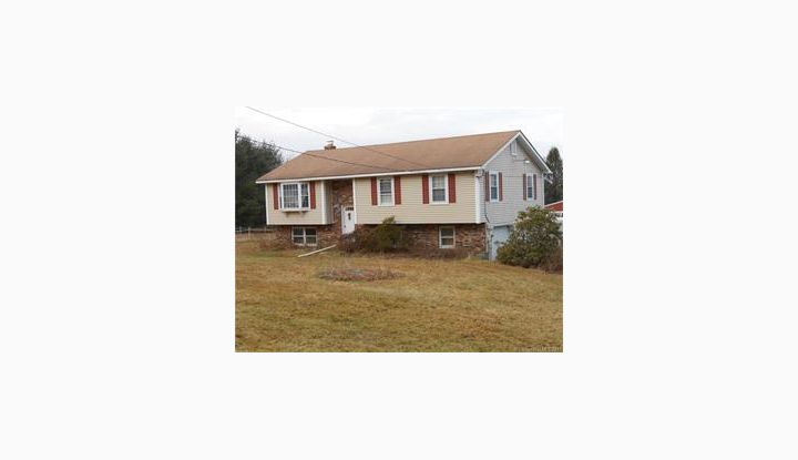 146 Estabrooks Rd Hampton, CT 06247 - Image 1