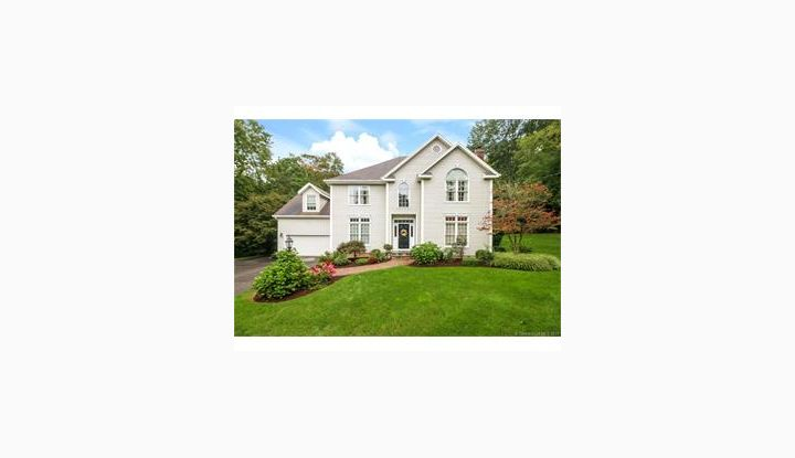 35 Red Bluff Rd E Haven, CT 06513 - Image 1