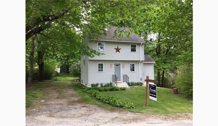 17 Newport Rd Sterling, CT 06377 - Image 1