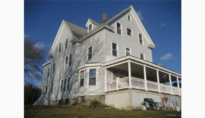 349 Shore Rd. Rhode Island, RI 02891 - Image 1