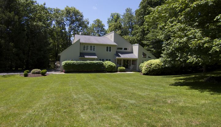 42 Pheasant Run Road - Image 1