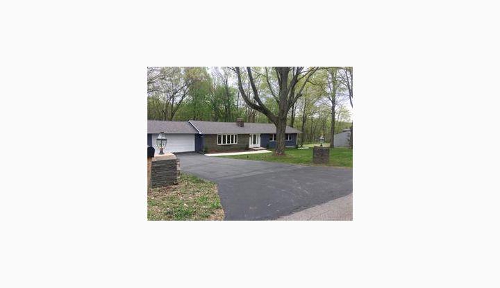 340 Brownstone Rdg Meriden, CT 06451 - Image 1