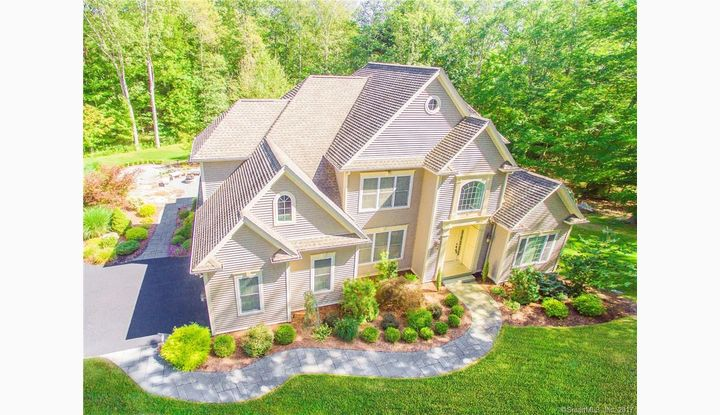 76 Beacon Hill Dr Mansfield, CT 06268 - Image 1
