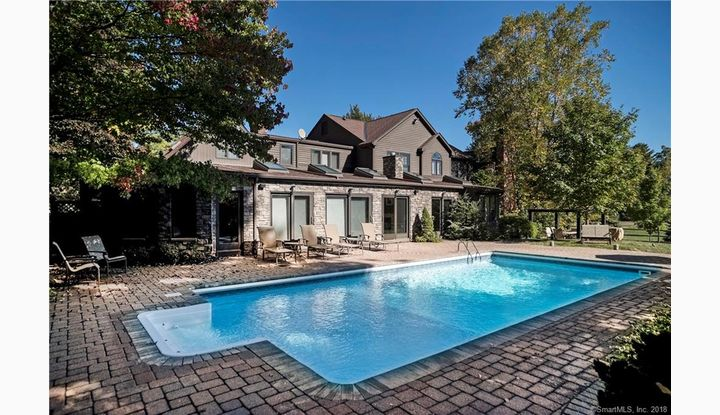 535 Halladay Ave Suffield, CT 06078 - Image 1