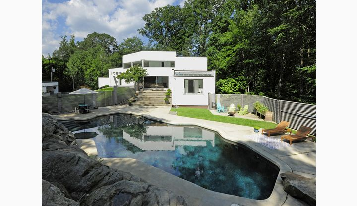 15 Hycliff Road Greenwich, CT 06831 - Image 1