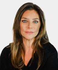 Photo of Karen Ptashnik