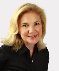 Photo of Suzanne Pandjiris