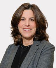 Photo of Elena H. Ezratty