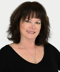 Photo of Linda D. Seacord